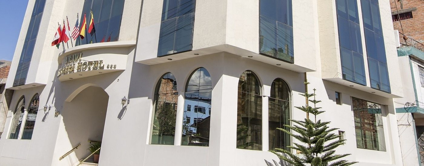 ARAWI PASTORURI HOTEL, HUARAZ: fachada 2